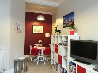 Comfortable Condo with Internet Access and Wireless Internet - Edinburgh vacation rentals