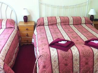 Family-Ensuite with Shower - Stratford-upon-Avon vacation rentals