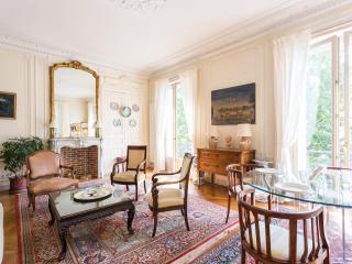 onefinestay - Boulevard du Palais apartment - Paris vacation rentals