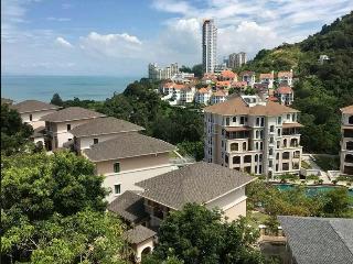 4B5R Batu Ferringhi Semi-D Bangalow - Air Itam vacation rentals