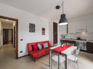 Residence Ortaglia-Apartment Tipo A3 - Torri del Benaco vacation rentals