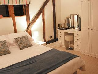 Wortwell Hall Barn B&B, Lakeside Room - Harleston vacation rentals