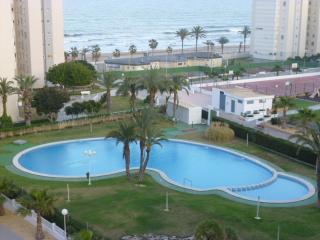 Beachfront Urbanova Beach. Wonderfull Resort. Pool - Alicante vacation rentals