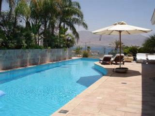 Beautiful Family Villa Overlooking the Bay - Eilat vacation rentals