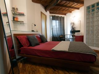 Adorable Treviglio House rental with Kettle - Treviglio vacation rentals