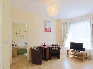 One bedroom flat in Harrow 54c - London vacation rentals