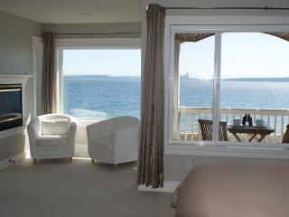 Beach Front Home On Bainbridge Island Wa Amazing - Bainbridge Island vacation rentals
