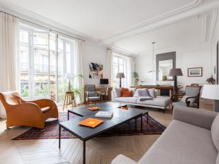 onefinestay - Rue de Courcelles private home - Levallois-Perret vacation rentals