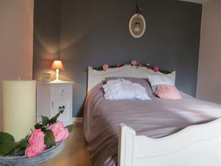 Nice 1 bedroom House in Saint-Amour-Bellevue - Saint-Amour-Bellevue vacation rentals