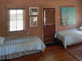 Cajun Creole Cottage on Bayou Teche - Arnaudville vacation rentals