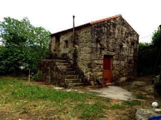 Nice 1 bedroom House in Pontevedra with Parking - Pontevedra vacation rentals