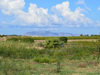 Casale immerso nel verde con vista su Isole Egadi - Marausa vacation rentals