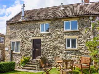 GATESIDE, family friendly, character holiday cottage, with a garden in Newton Upon Rawcliffe, Ref 184 - Pickering vacation rentals