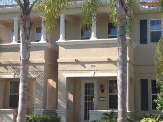 San Michele Sarasota 3 bedroom Townhome, beautiful - Sarasota vacation rentals