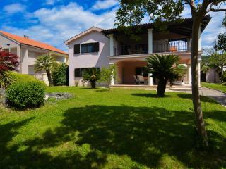 Apartments Tena Tribunj (whole house) - Tribunj vacation rentals