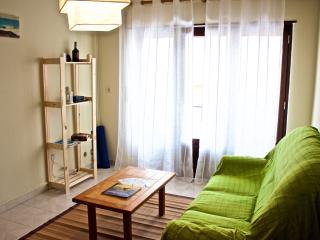 Bright 1 bedroom Vacation Rental in Atouguia da Baleia - Atouguia da Baleia vacation rentals