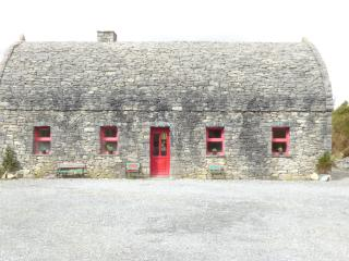 3 bedroom House with Parking in Galway - Galway vacation rentals