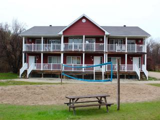 8 bedroom Chalet with Deck in Carlton Place - Carlton Place vacation rentals