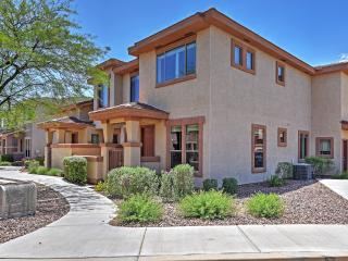 Impressive 3BR Anthem Townhome w/Wifi, Private Patio & Great Location Near Daisy Mountain & Gavilan Peak - Close to Many Fun Outdoor Activities! - Anthem vacation rentals