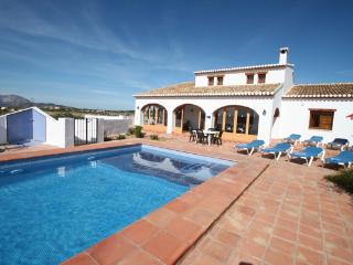 Finca Pepa - beautiful little house in pretty grounds with lovely views in Benissa - Benissa vacation rentals