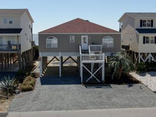 Beautiful 4 bedroom Holden Beach House with Deck - Holden Beach vacation rentals