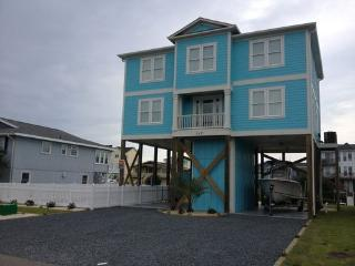 Bright 4 bedroom House in Holden Beach - Holden Beach vacation rentals