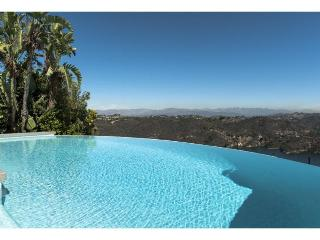 Charming Villa with Internet Access and Television - Westwood  Los Angeles County vacation rentals