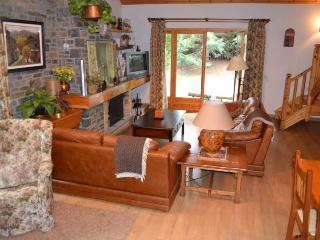 Comfortable 4 bedroom House in Riu de Cerdanya with Television - Riu de Cerdanya vacation rentals