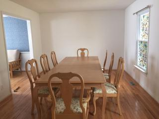 4 bedroom House with Internet Access in Richmond - Richmond vacation rentals