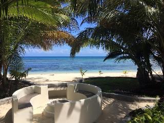 Bijoux Beach House in paradise on Ile aux Nattes - Ile Sainte-Marie (Nosy Boraha) vacation rentals