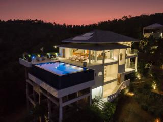 Baan Kuno: Infinity pool with stunning sea-views - Bophut vacation rentals