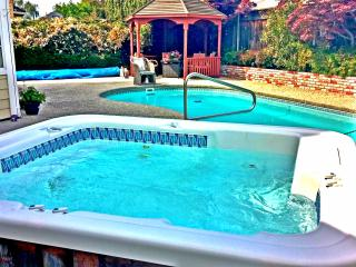 Impressive Exec. Luxury Home w/Pool, Spa & Gazebo - Union City vacation rentals