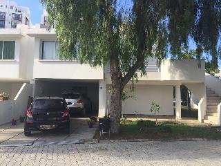Villa in Doktorlar Sitesi. 1 min walking to beach - Famagusta vacation rentals
