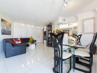 2 bedroom + 2 bathrooms Condo - Resort Style! - Fort Lauderdale vacation rentals