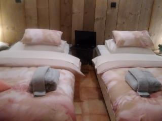 Chambre-Studio dans  un cadre  calme et paisible - Bavigne vacation rentals