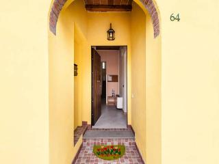 Nice Bed and Breakfast with Television and Balcony - Pisa vacation rentals