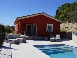 Villa CHATUS/ GAMAY avec piscine privée - Vogue vacation rentals
