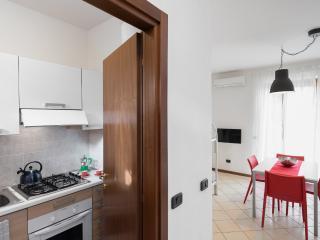 Residence San Benedetto di Lugana A4 - Peschiera del Garda vacation rentals