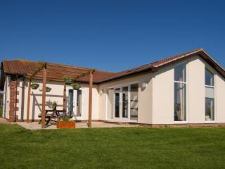 Luxury 2 Bed Cottage (2BEDBB56) - Sidmouth vacation rentals