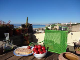 Cozy 2 bedroom Townhouse in El Masnou - El Masnou vacation rentals