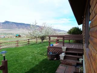 Nice House with DVD Player and Grill - Cody vacation rentals