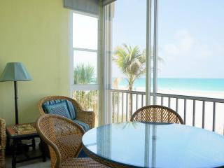 PRICE REDUCED AUGUST 5-19 - CALL OR EMAIL TODAY! - Siesta Key vacation rentals