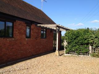 2 bedroom Barn with Internet Access in Shipston on Stour - Shipston on Stour vacation rentals