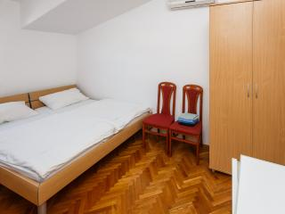 Nice room in stunning location - 304 - Kastel Luksic vacation rentals