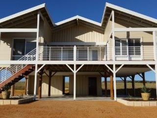 Family time together near the beach - Geraldton vacation rentals