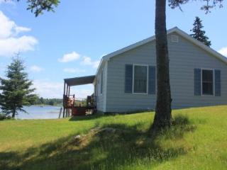 Beautiful 2 bedroom House in Stonington - Stonington vacation rentals