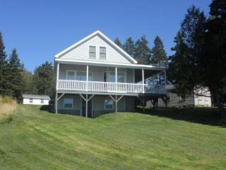 Lovely 2 bedroom House in Stonington - Stonington vacation rentals