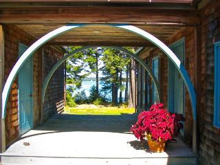 Nice 3 bedroom House in Stonington - Stonington vacation rentals