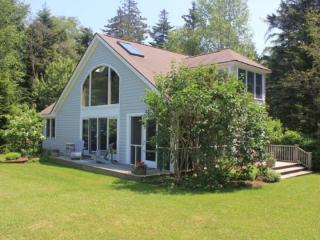 FIFIELD POINT GUEST COTTAGE - Stonington - Stonington vacation rentals