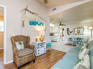 Newly Remodeled 3BR in Rockport, Minutes to the Beach! - World vacation rentals